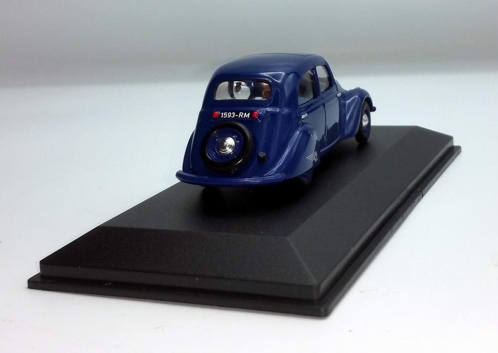 Miniature Peugeot202 1/43