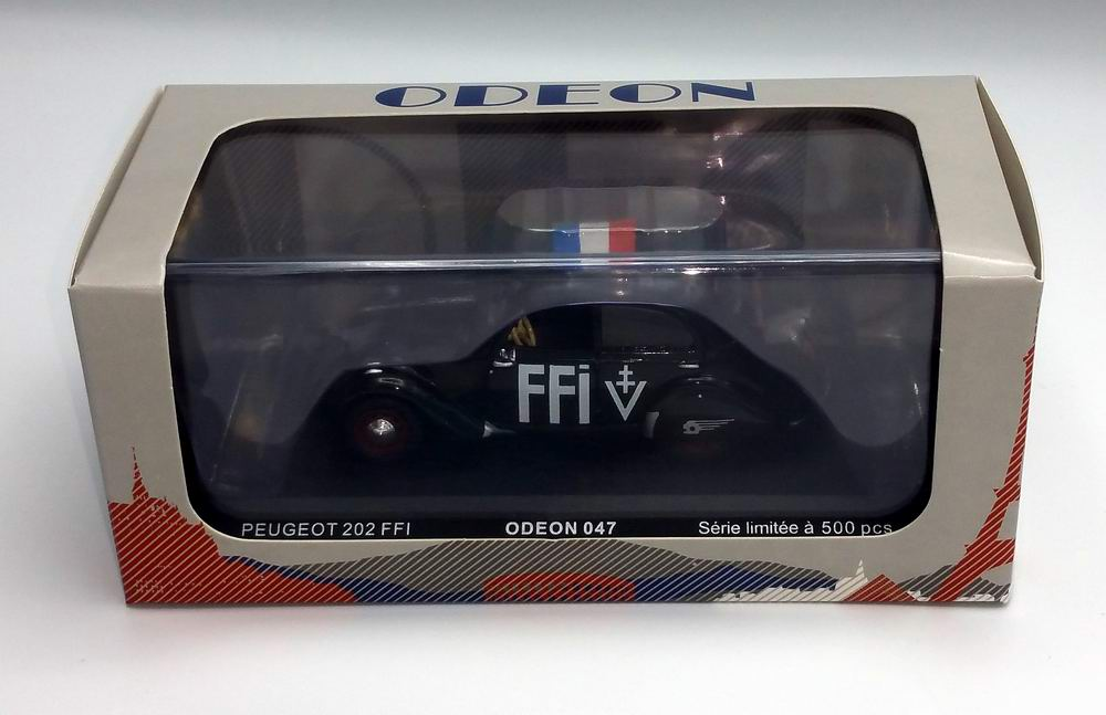 Petite voiture Peugeot202 FFI 1/43