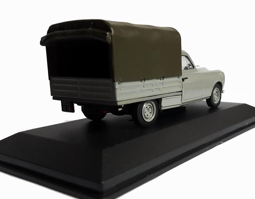 Miniature Peugeot403 bache 1/43