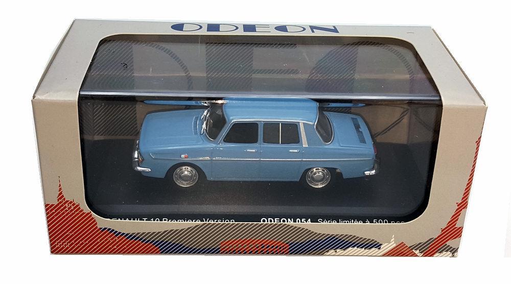 Petite voiture renault r10 1/43