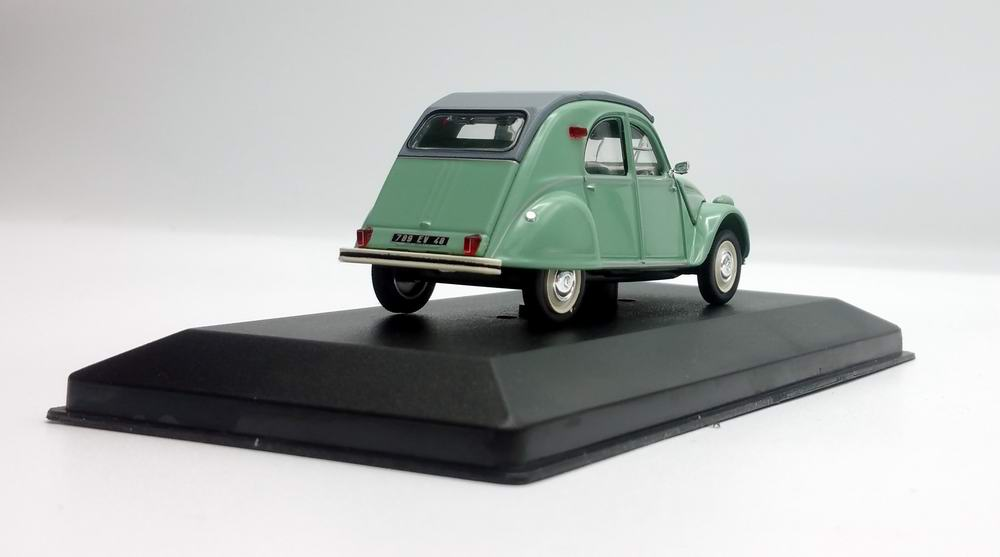 Miniature CITROEN 2cv 1/43