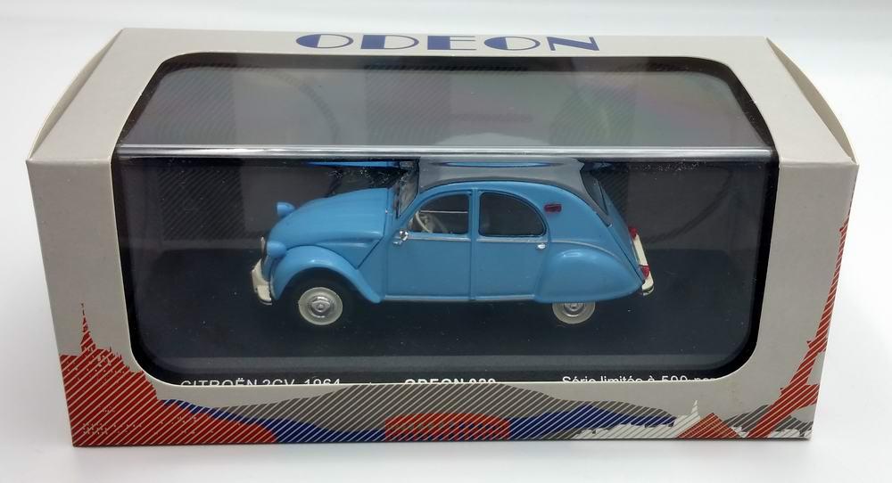 Petite voiture CITROEN 2cv 1/43