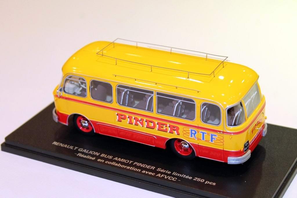 Miniature RENAULT GALION autoBUS AMIOT CIRQUE PINDER ORTF 1/43