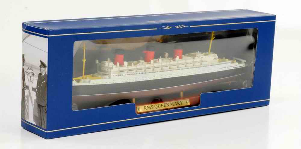 Maquette Navire Paquebot Transatlantique R.M.S QUEEN MARY 1/1250