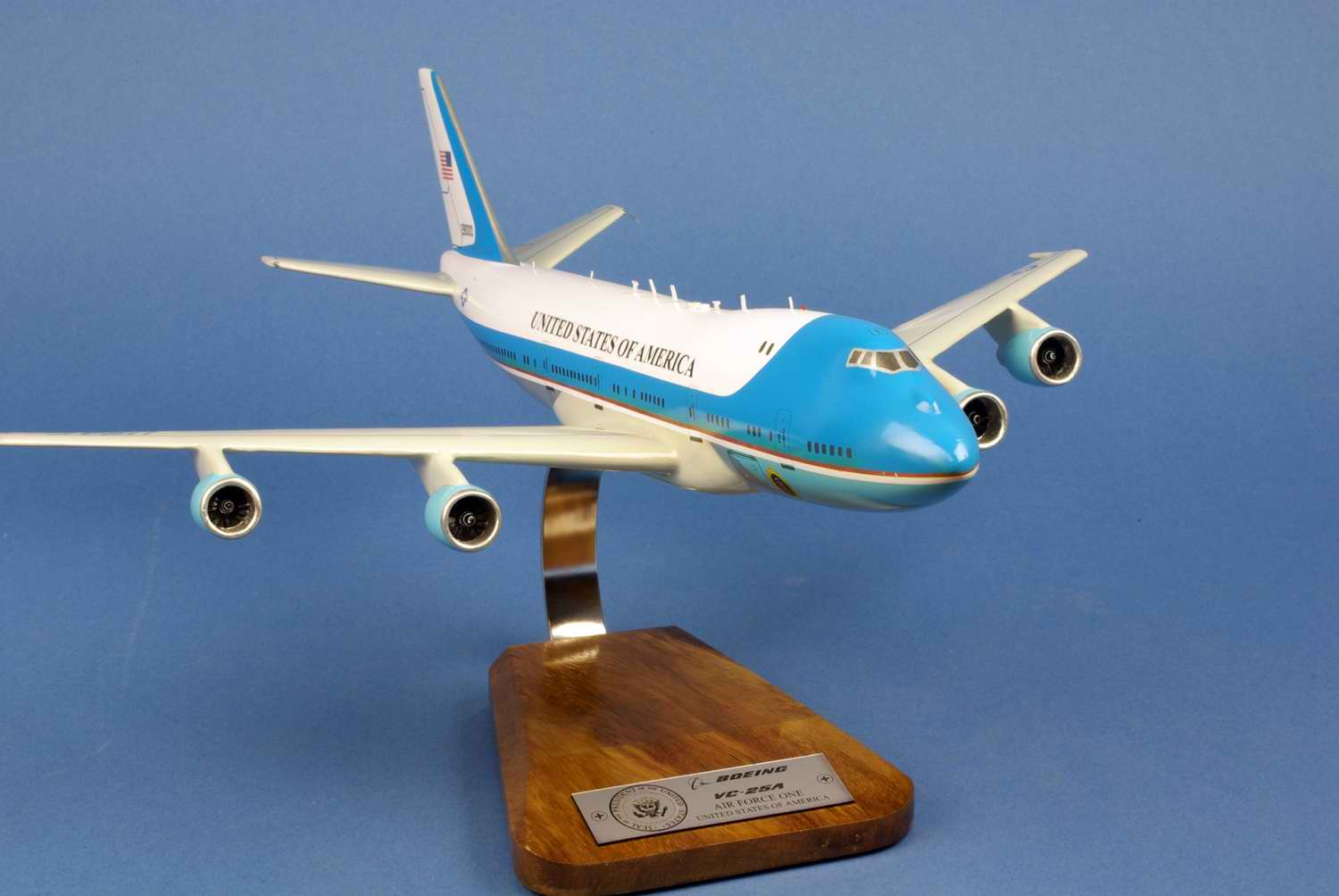 Maquette Avion BOEING 747-200B / VC-25A AIR FORCE ONE 28000