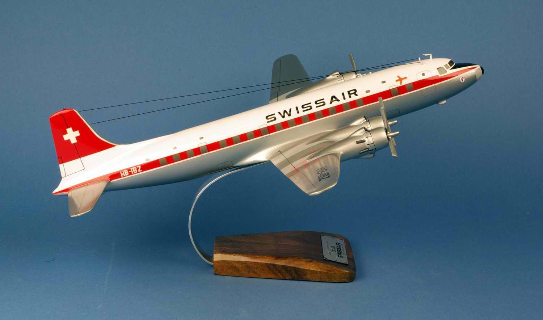 Maquette Avion DOUGLAS DC6B Basel-Land SWISSAIR 1/72