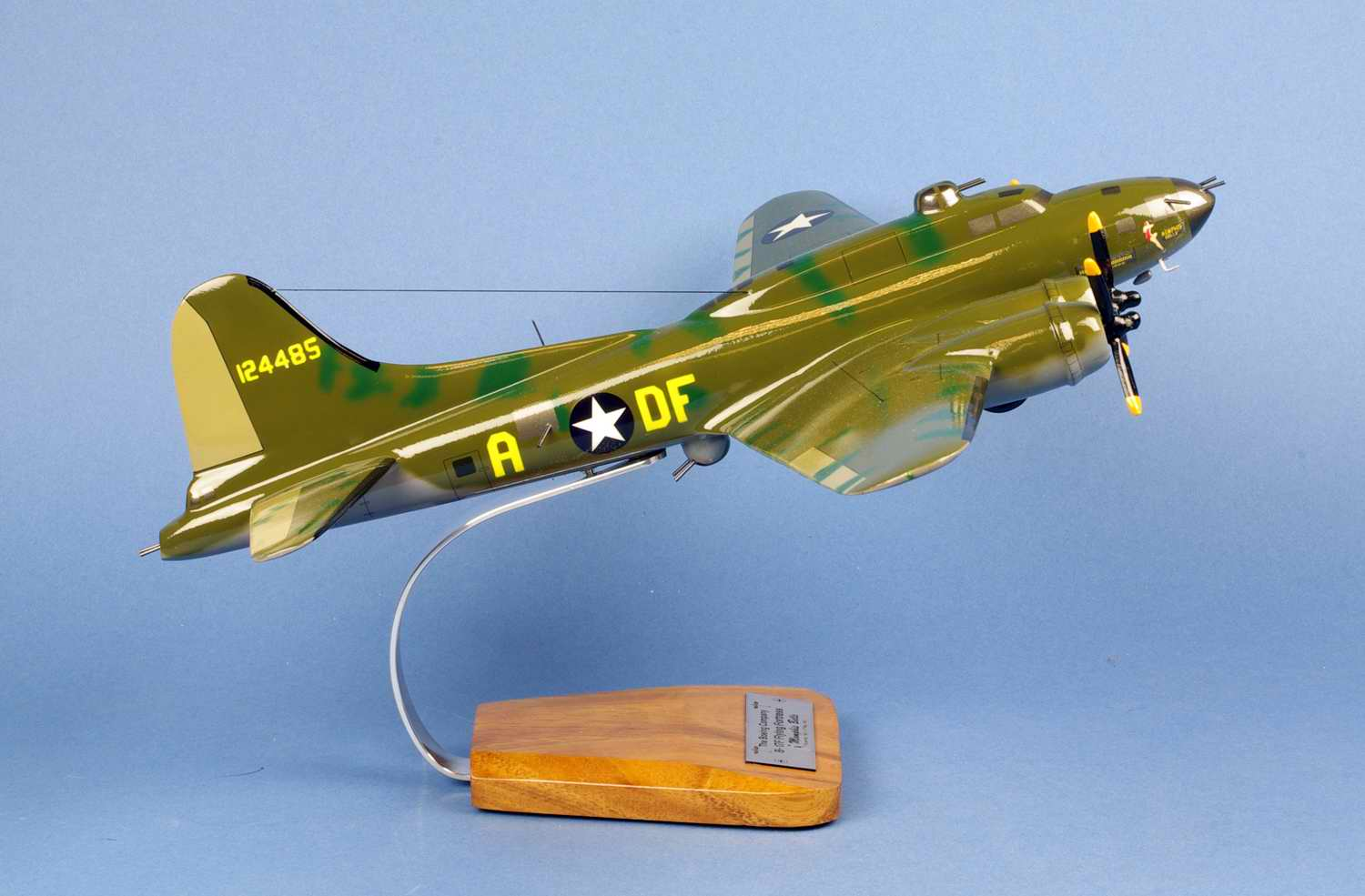 Maquette avion BOEING B17F Flying Fortress Memphis Belle
