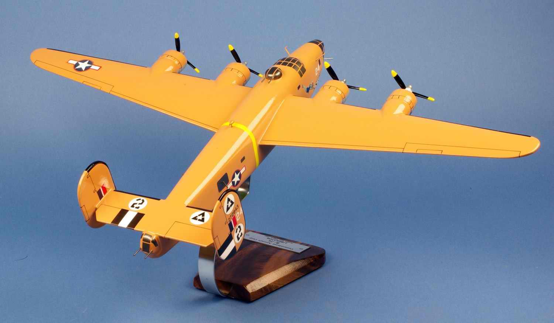 Maquette Avion Bombardier CONSOLIDATED B-24D Liberator Strawberry Bitch 512BS/376BG Ploesti Raid