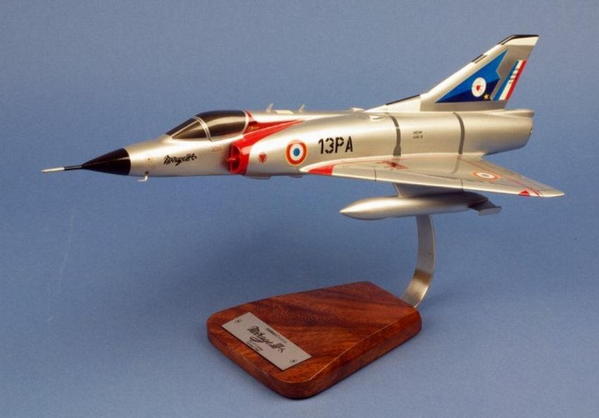 maquette Avion de chasse militaire Mirage IIIC EC 2/13 Alpes