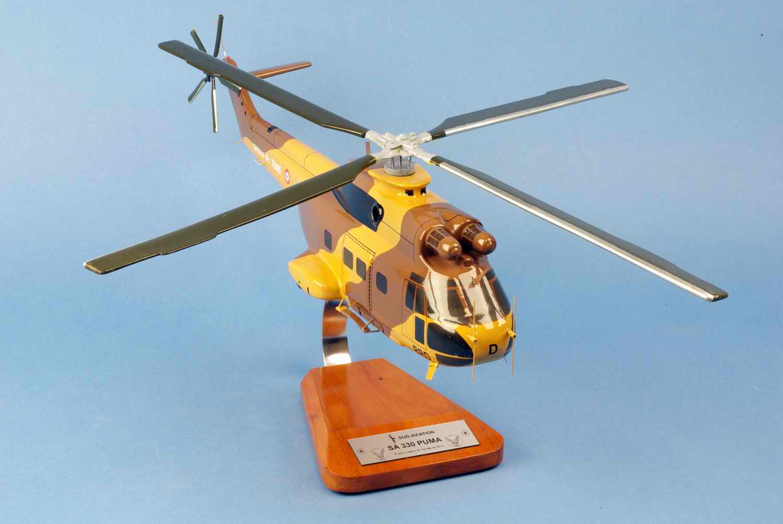 Maquette Hélicoptère militaire Puma SA330 alat
