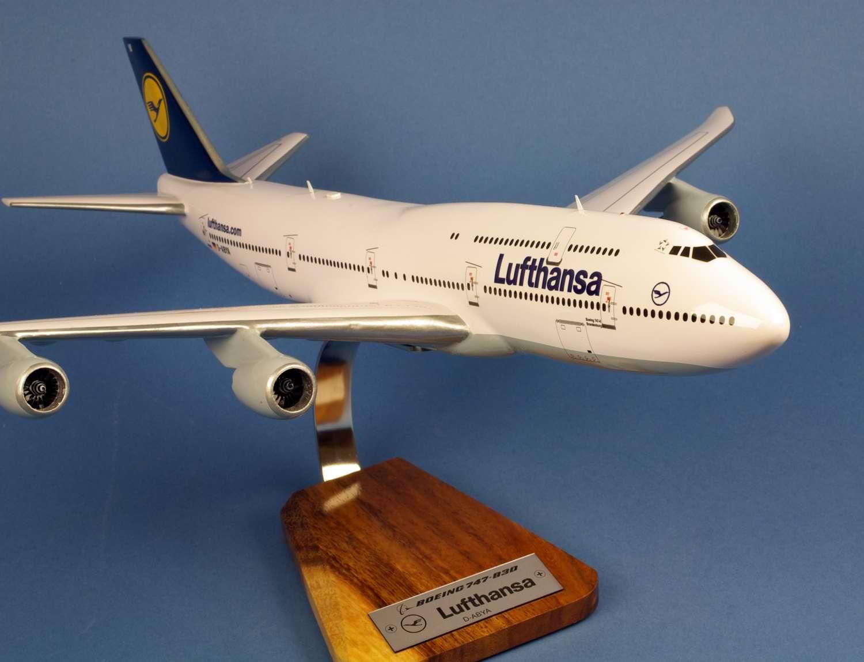 Maquette Avion Boeing 747-8 LUFTHANSA