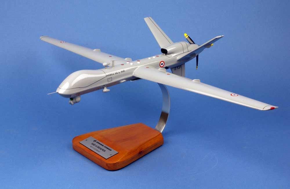 Maquette Drone Reaper MQ9 1/33 Belfort