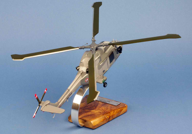 Maquette Hélicoptère Militaire LYNX WG13 Aéronavale 1/35