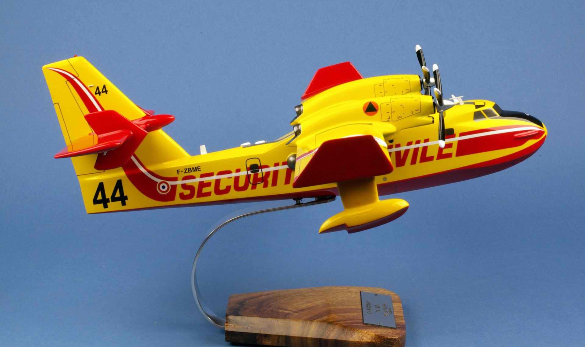 Maquette Canadair CL-415 Pélican Sécurité Civile 1/50