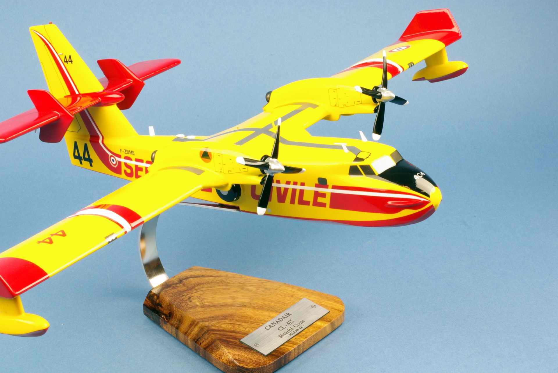 Maquette Canadair CL415 Pélican Sécurité Civile 1/50