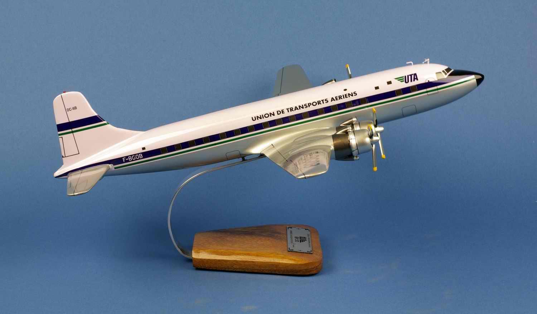 Maquette Avion DOUGLAS DC-6B Super Cloudmaster UTA au 1/72