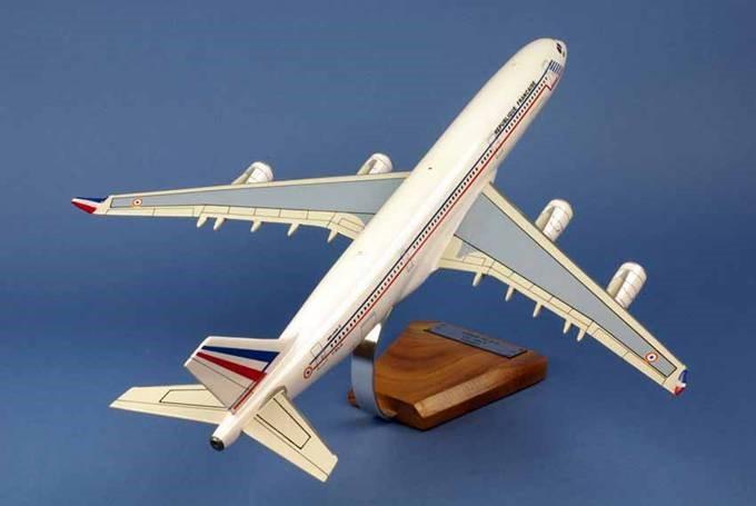 AIRBUS A340-212 ET03/60 Esterel Republique FranCaise FRANCE 1/125