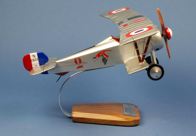 Maquette Avion NIEUPORT 17N Georges Guynemer Vieux Charles IV N1531 Juillet 1916 1/16