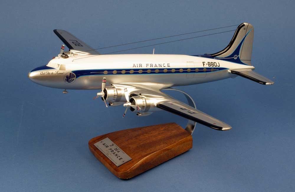 maquette DOUGLAS DC-4 F-BBDJ 1er PARIS-NEW YORK AIR FRANCE 1/72