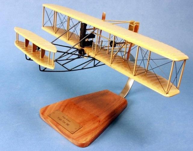 Maquette avion Wright Flyer I 1903 au 1/25