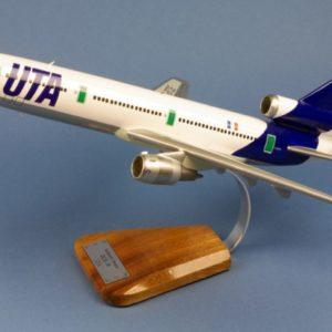 Douglas DC 10 30 UTA
