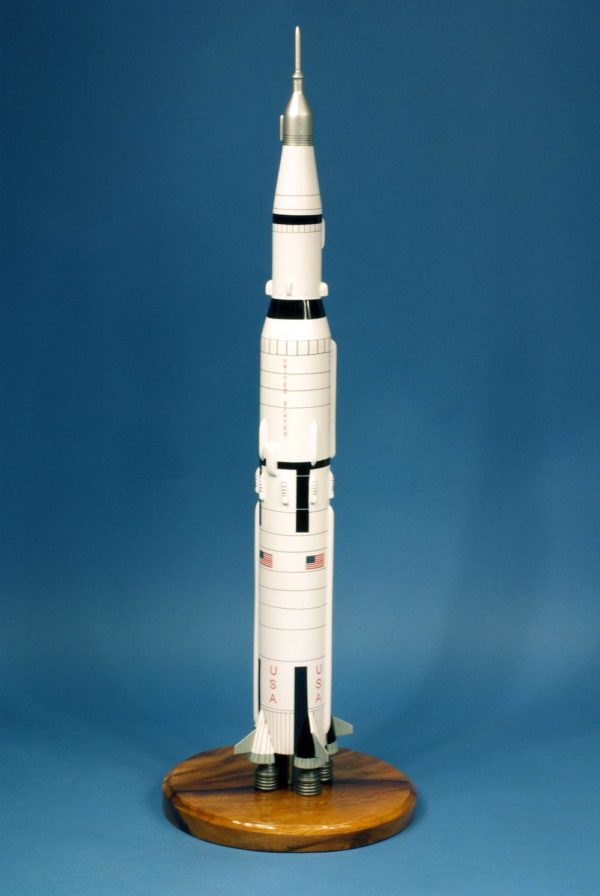 Fusee Saturn V