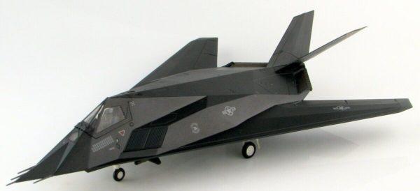 HM5806