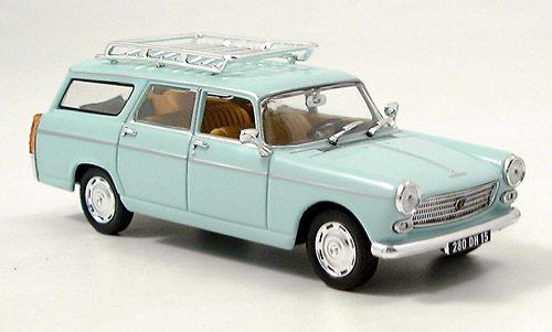 Peugeot 404 Break 1966 Bleu ciel43