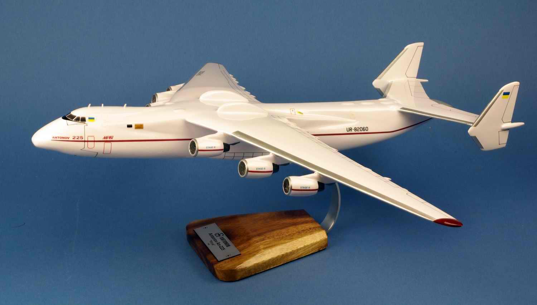 maquette avion Antonov AN225 Mriya