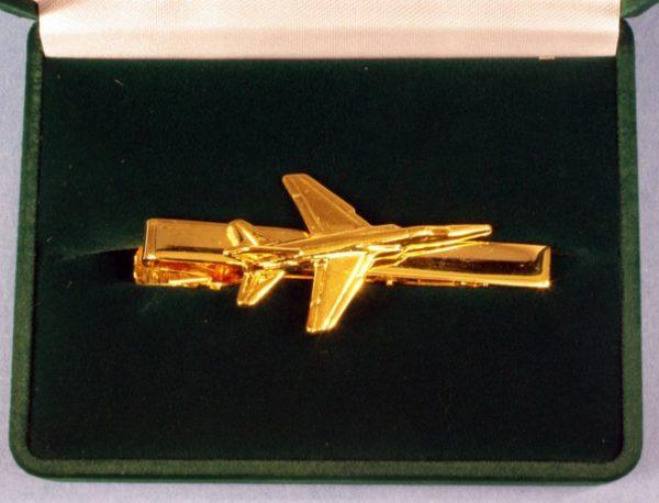 pince Mirage F 1