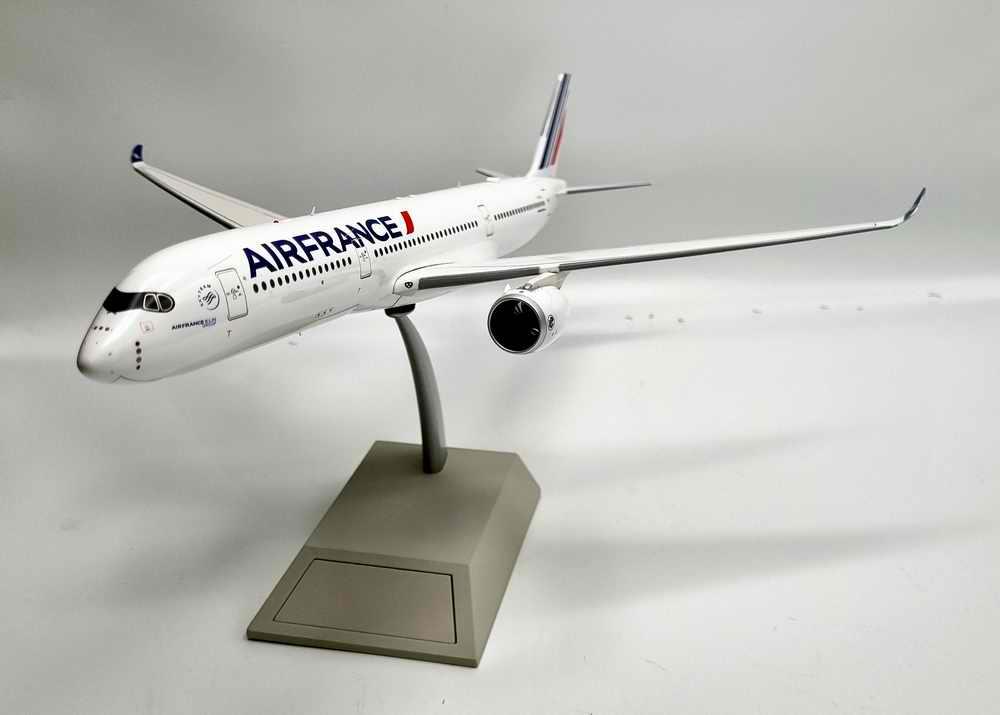 Maquette Avion AIRBUS A350900 AIR FRANCE 1/200 Metal