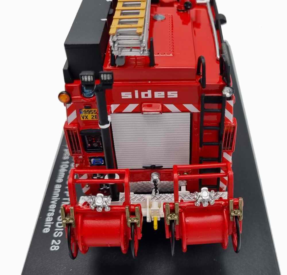 Camion IVECO Eurocargo 130E24 Sides Fourgon Pompe Tonne Mousse Sapeurs-Pompiers du SDIS 28 1/43 ALERTE