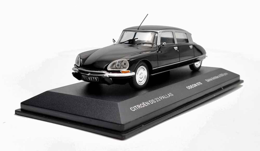 Voiture Miniature CitroënDS 23 Pallas de 1973 Noir 1/43